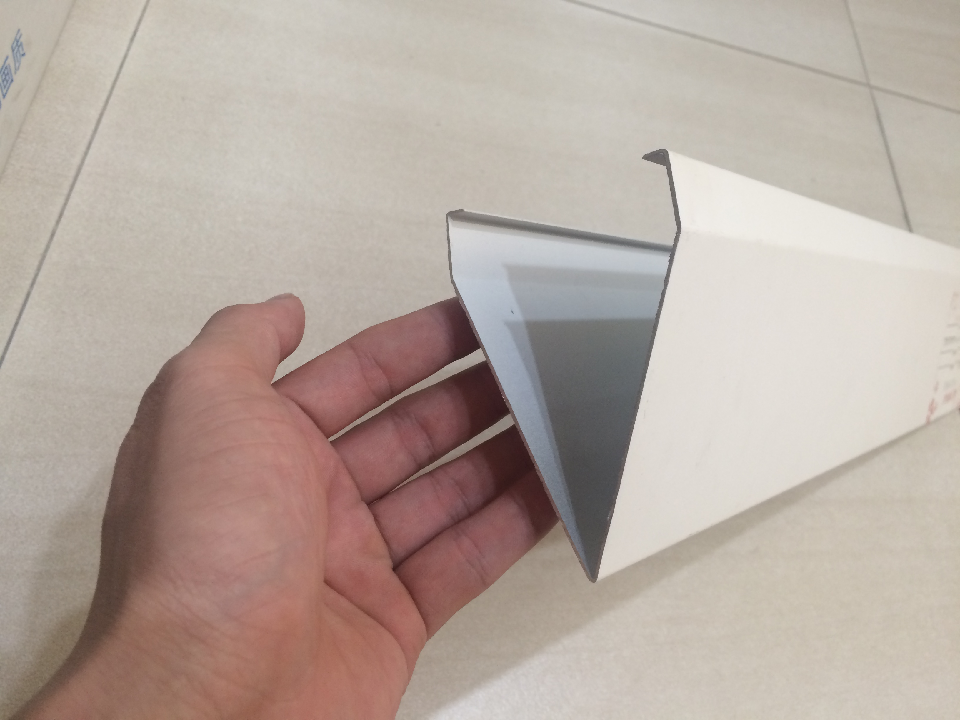 V型铝挂片3