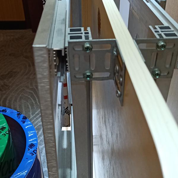 铝蜂窝板幕墙安装结构图